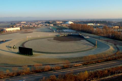 初冬の音更町のスポーツ施設群を空から