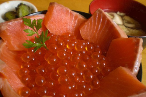 いくらサーモン丼♪