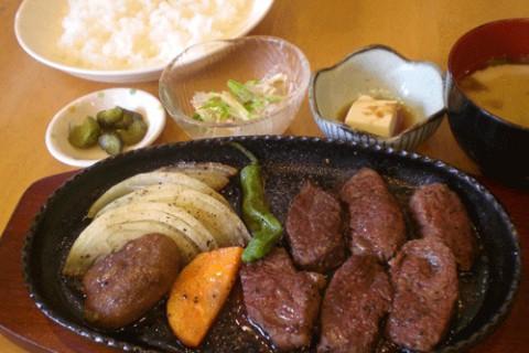 サガリステーキ定食♪