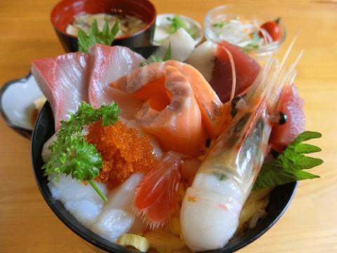 ぼたん海老海鮮丼定食