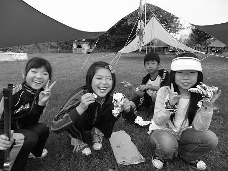 ガイドの会キャンプ…雨の中 子どもたちは笑顔!!