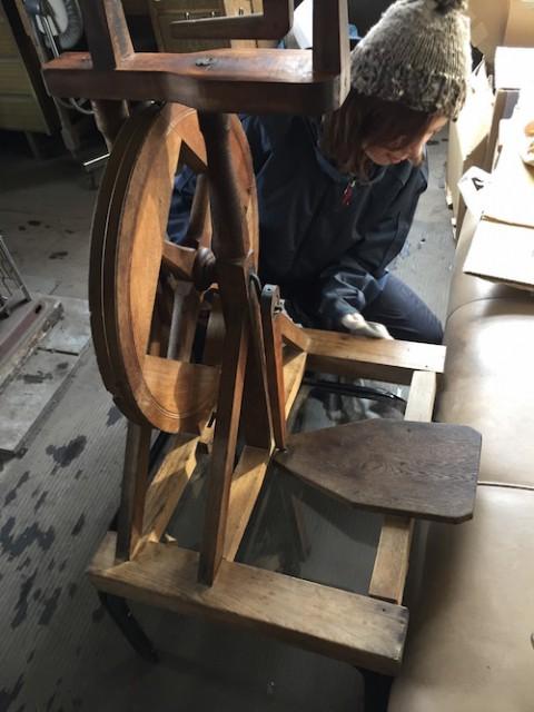 糸紡ぎ機(?) どなたか正式名称を教えてください。