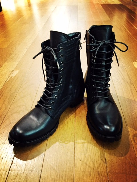 BASIC MILITARY BOOTS。
