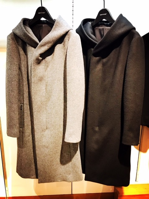 『SHELLAC』 ZIP-UP HOODED COAT