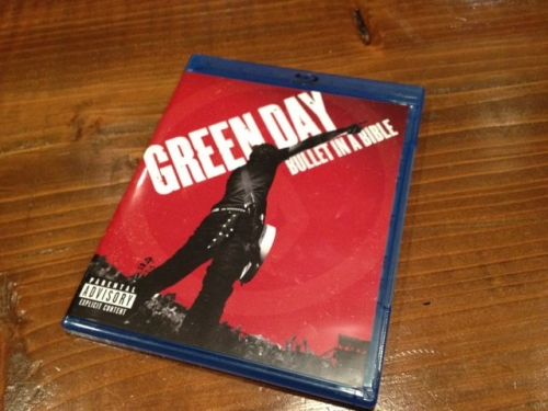 GREEN DAY「BULLET IN A BIBLE」