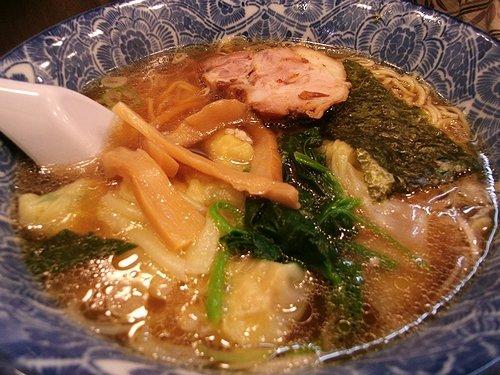 ワンタン麺(浅草・ら麺亭)