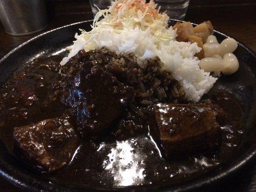 スパイシー黒カレー(鴬谷・五感キッチン)