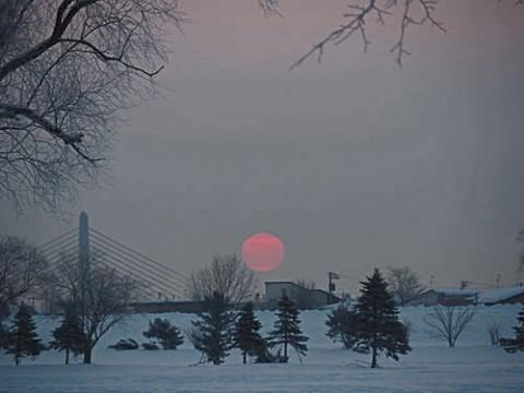 ピンクの朝陽の今朝、撮影不能は回復せず