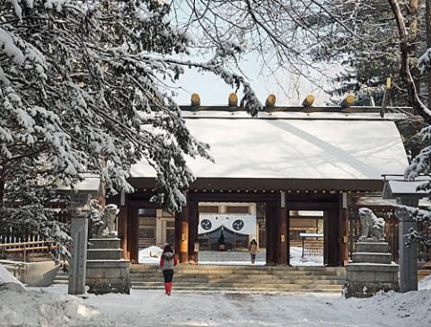 雪の朝の高校入試