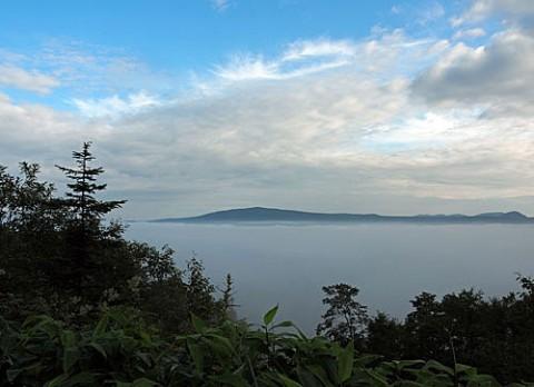 双湖台と双岳台の雲海と夕焼け