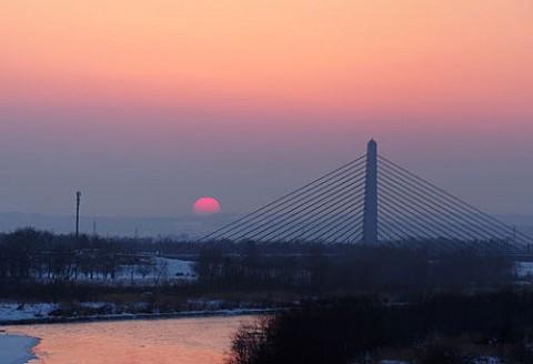 018年初のピンクの朝陽