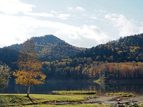 台風の被害を受けた置戸湖
