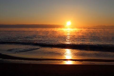 初日の出は海で