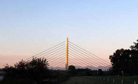 清流大橋付近の朝景
