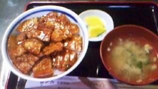 「とん田」の豚丼おいしかった!