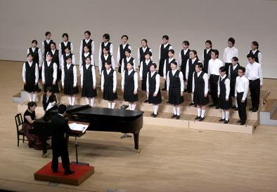 帯広三条高校合唱部の定期演奏会♪