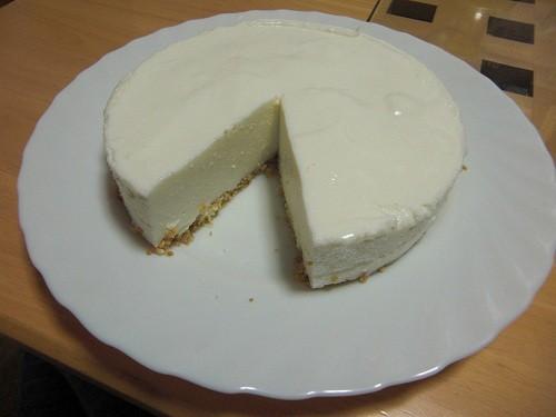 レアチーズケーキを作ってみました