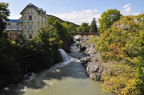 4日前ですが・・・9月17日 滝上町 錦仙峡の紅葉と、森林鉄道跡