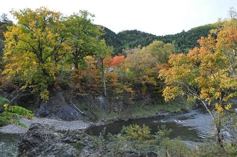 10月5日 滝上町 今日の渚滑川渓谷遊歩道錦仙峡2018・・・1
