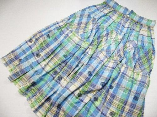 45rpm買取させて頂いております。可愛いナチュラル系45rpmのスカート♪