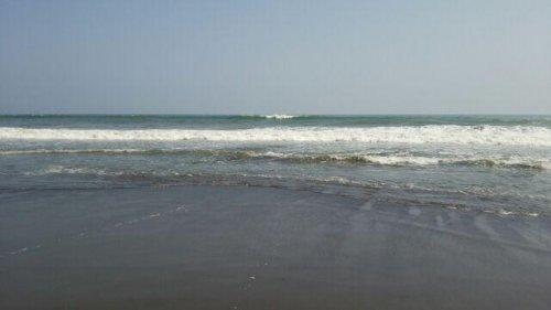 暑い日は海。