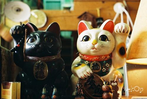 グリーン商会の招き猫