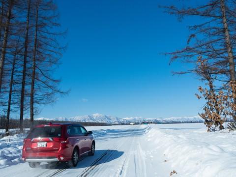 今季最高の冷え込み・・快晴で日高山脈がきれいに望めます。
