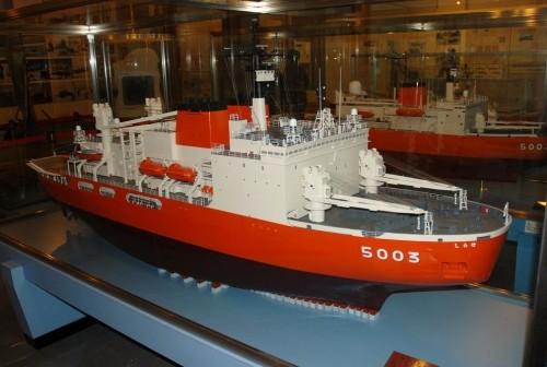 南極観測船『しらせ』特大模型・・・模型紀行・稚内