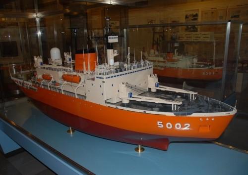 模型紀行~南極観測船 『しらせ』(初代)特大模型・・稚内から