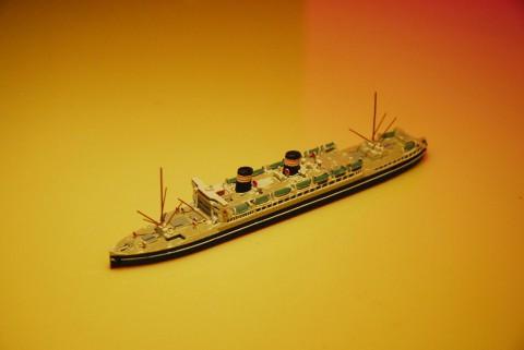 浅間丸 1/1250模型