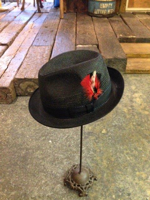 オーストラリアで130年もの間帽子を作り続けている!!AKUBRA(アクーブラ)