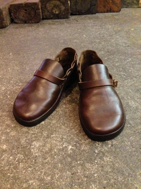 FERNAND LEATHER Middle English