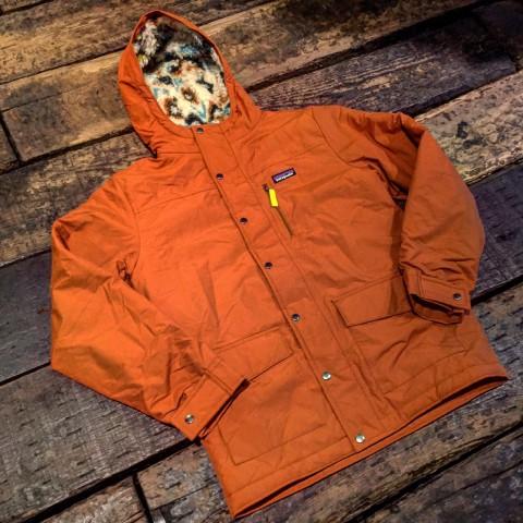 patagonia インファーノ ジャケット子供用ですが、女性にもおススメです。