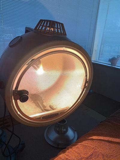 遠隔で光を充てる療法です!