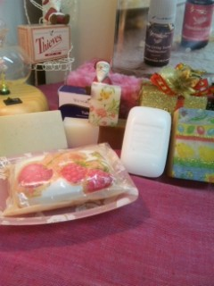 アロマ香るお茶会~楽しくデコパージュ石鹸を作ろう~