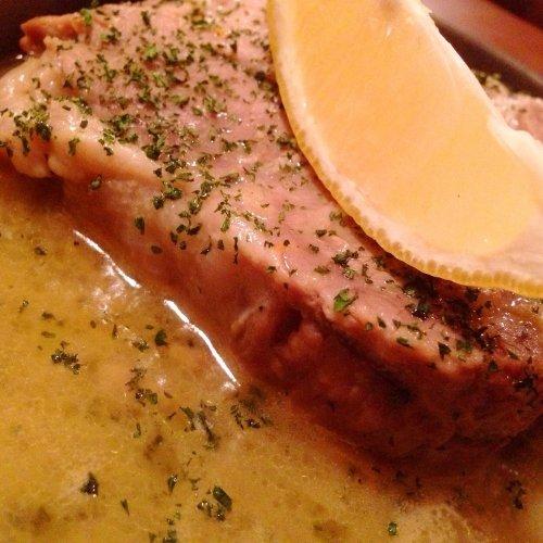 十勝産・豚肩肉の白ワイン煮込み