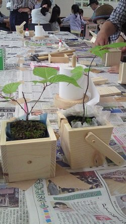 夏休み木育講座「植木鉢をつくろう!」at市民活動プラザ六中