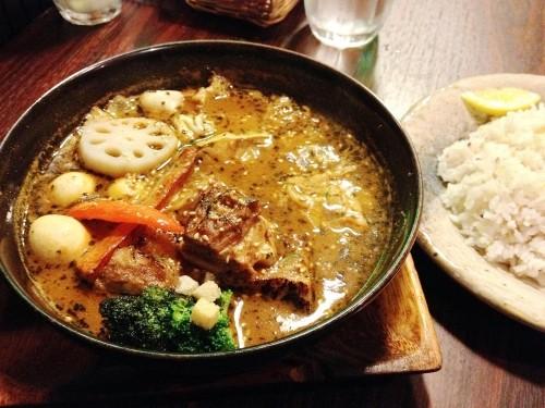 札幌市「スープカレー GARAKU」