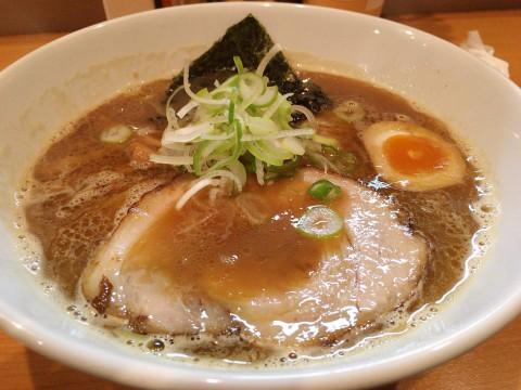札幌市「麺屋すずらん」