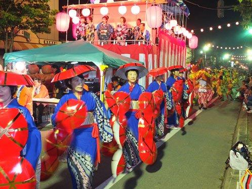 士幌7000人の祭り 仮装盆り踊大会