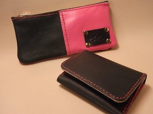 オーダーメイド 牛革 黒×ピンクの財布&名刺入れ
