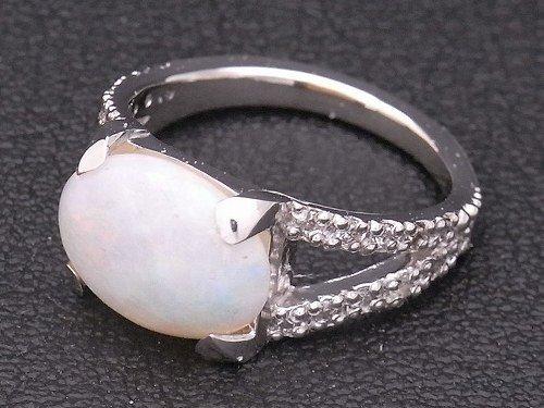 オーダーメイド pt900 オパール&ダイヤモンドリング