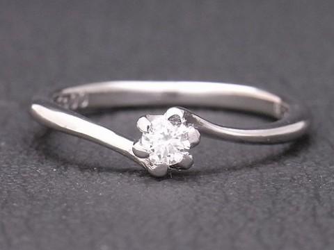 オーダーメイド お客様自身も手掛けた婚約指輪 pt900×ダイヤモンド