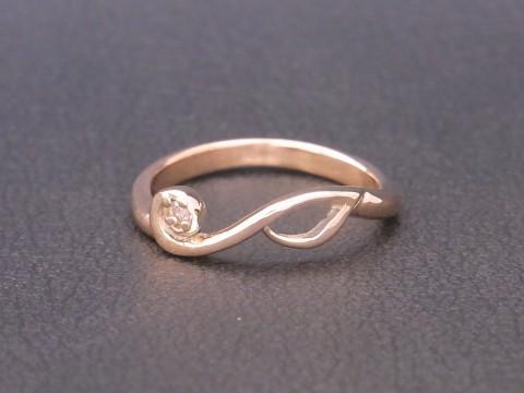 生徒さんが作った可愛いK10PG音符の婚約指輪!
