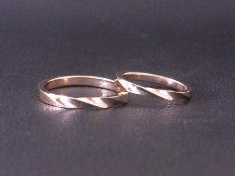 K18ピンクゴールド シンプルな結婚指輪!