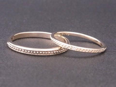 アンティーク調なデザインのイエローゴールド結婚指輪!