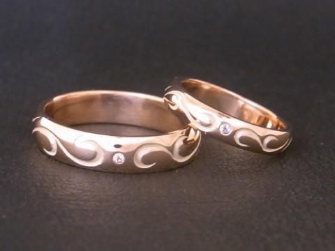 ピンクゴールドの唐草模様 手作り 結婚指輪!