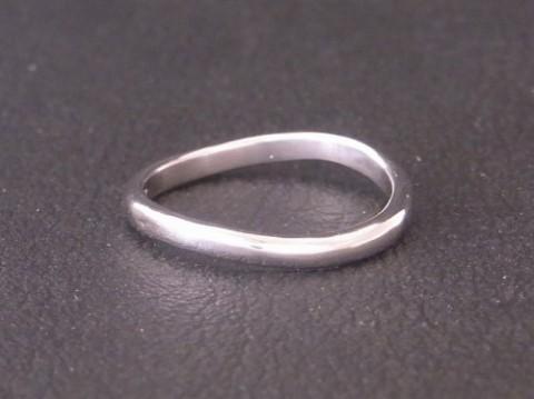 プラチナ結婚指輪! レディースのみの作製も可能です!