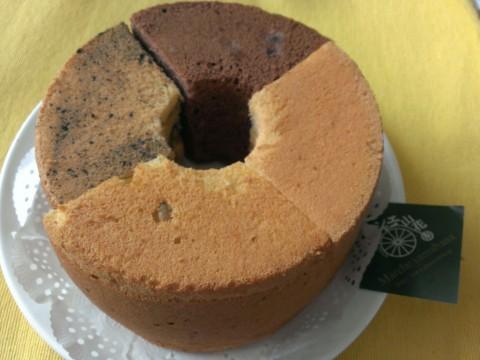 マルシェ山花さんのシホンケーキ
