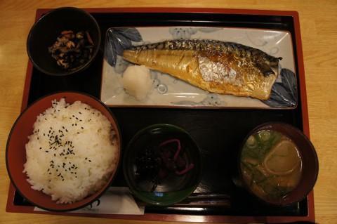 福井県小浜市・はまがわさんのサバ塩焼定食